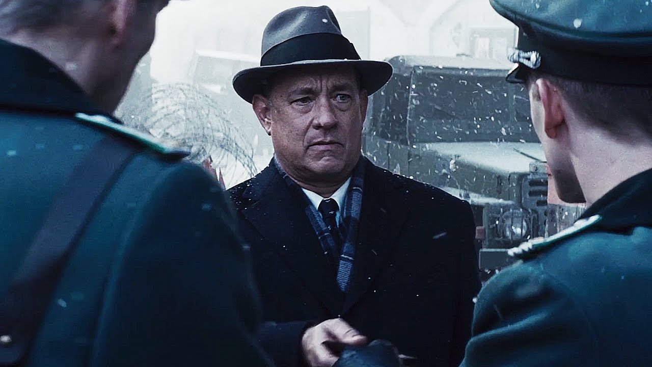 bridge of spies movie review chasing cinema tom hanks in bridge of spies