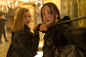 Jennifer Lawrence and Natalie Dormer in The Hunger Games: Mockingjay Part 2